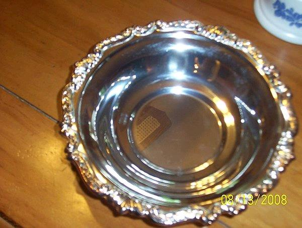 Where to find SILVER CANDY DISH in St. Helens